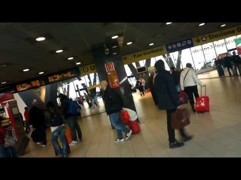 napoli train station