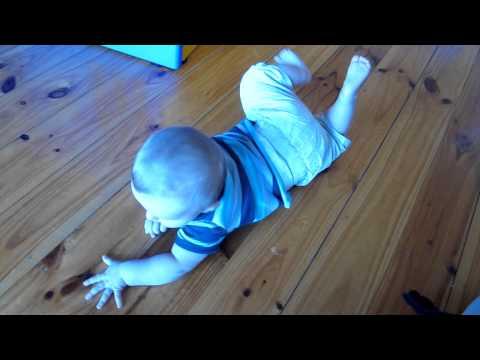 Commando crawling 6 months