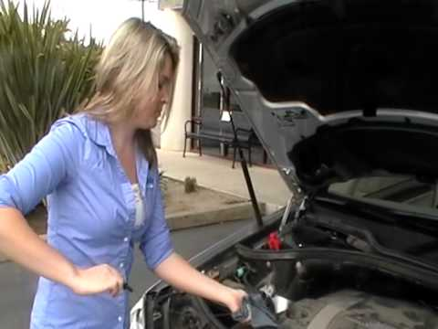How to check the oil on Mercedes Benz ML350