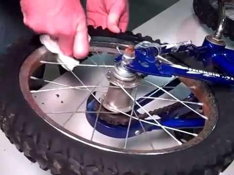 Watch Rust Off Work on Rusty Bike Wheel
