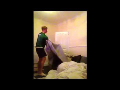 How to change bed sheets like a boss