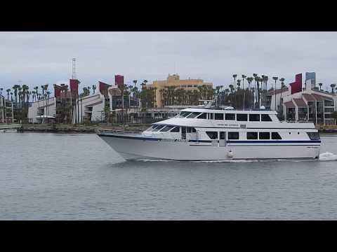 Catalina Express leaving Long Beach