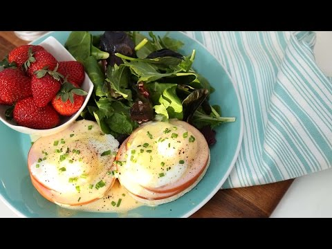 Classic Eggs Benedict | How to Make Hollandaise Sauce & Poached Eggs