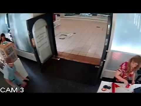 • Rolex Watch Thief Steals the Most Expensive Rolex Watch in Store
