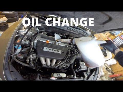 Oil Change | Honda Accord Sedan 7th Gen (2003-2007)