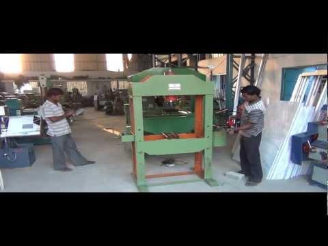 HYDRAULIC PRESS 40 TON capacity