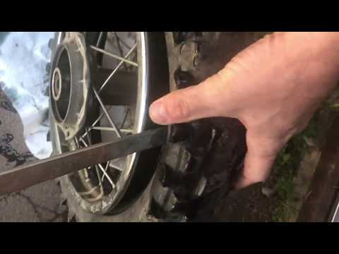 How to Remove a Dirt Bike Motorcycle Tire From the Rim
