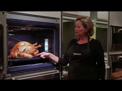 Gaggenau Convection Oven - Roasting a Turkey & Trimmings