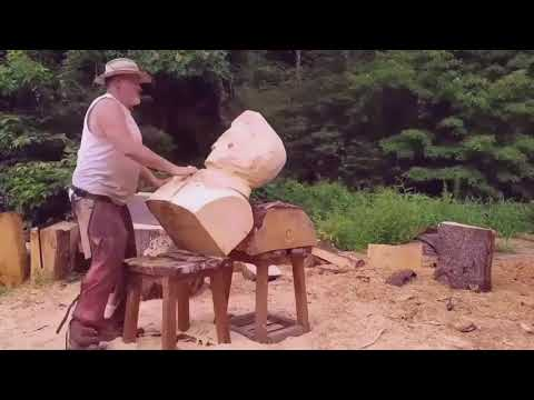 170924207 Woodworker Carves Elvis Out Of Tree Stump