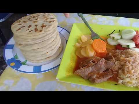 Carne guisada salvadoreña