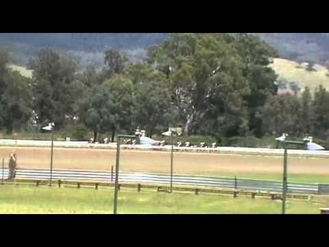 Mudgee races 002.MP4