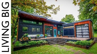Download Musician's Incredible Modern Tiny House & Mobile Music Studio Video