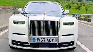 Rolls-Royce Phantom (2018) Ready to Fight Maybach S-Class