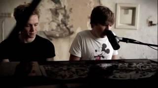 Philipp Poisel - Eiserner Steg (Klavier Version) - Offizielles Video