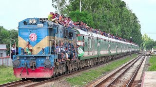 Speedy passing of Extremely overcrowded Eid Special Train Padma Express of Banglades