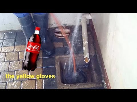 How to unblock a drain with COKE bottle