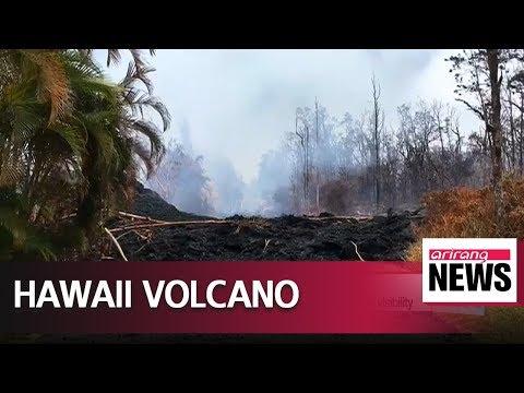 Hawaii's Kilauea volcano erupts with nine-kilometer-high ash cloud