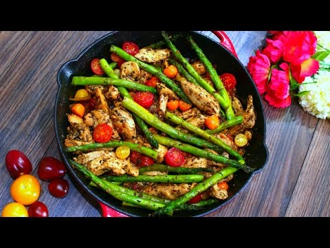 One Pan Pesto Chicken and Asparagus Recipe (Healthy chicken and Veggies)