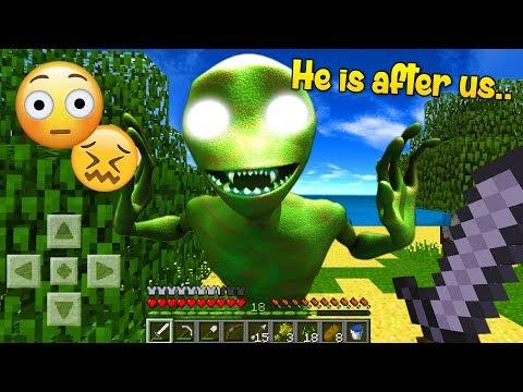 Running from evil Dame Tu Cosita in Minecraft..