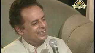 Historic Interview Nusrat Fateh Ali Khan conducted by Mustansar Hussain Tarar. Ptv Golden Moment...