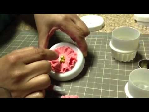 How to make fondant ruffled flowers
