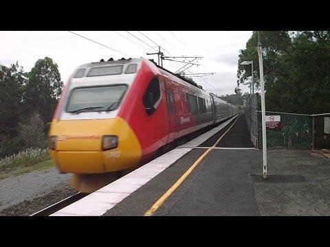 QR Diesel Tilt Train at Eumundi