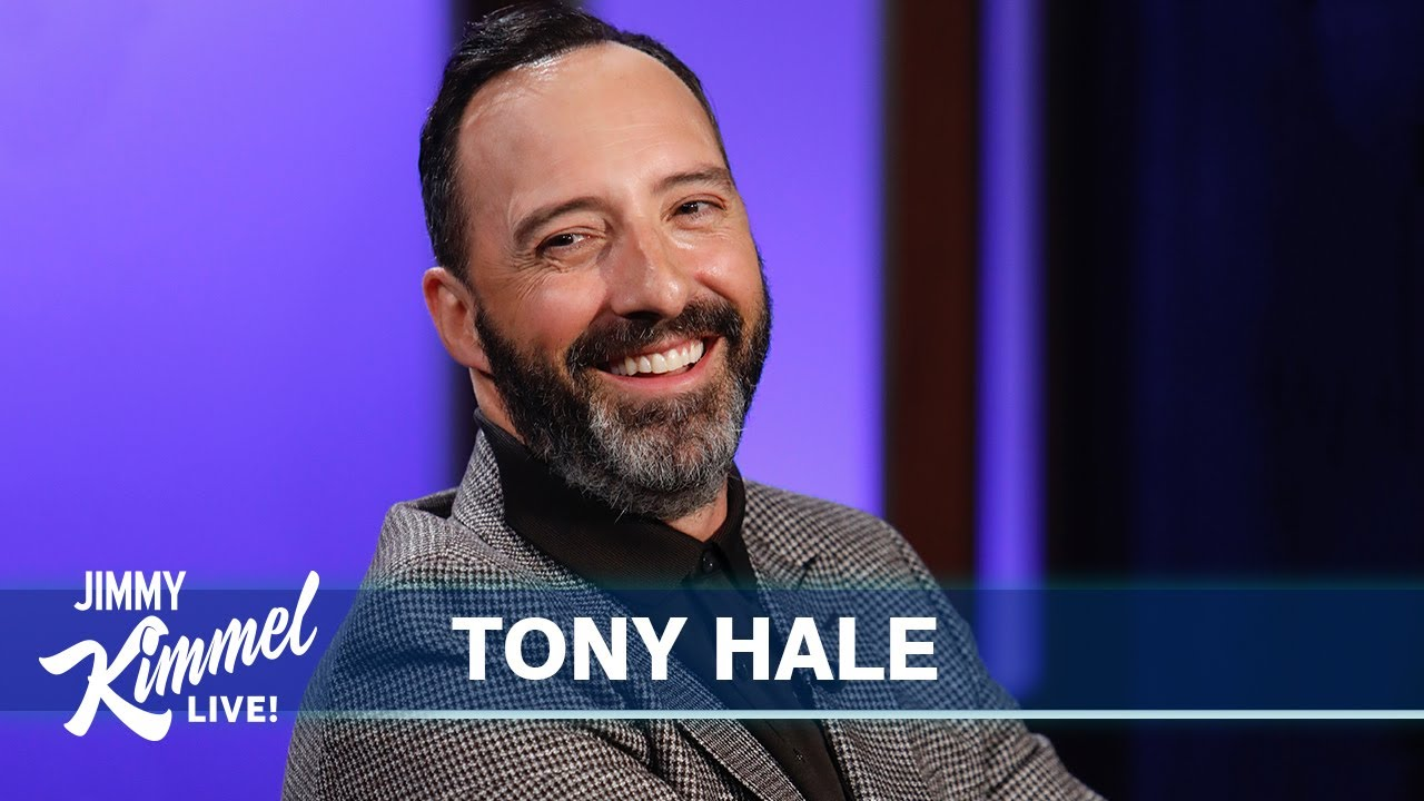 Tony Hale's Parents Don't Like Arrested Development & His Daughter Thinks He's Embarrassing