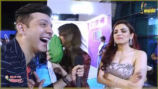 Prakriti - Sukriti slaps RJ Arjun | Mirchi Music Awards | Filmy Mirchi