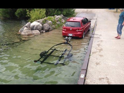 loading Sea Doo on trailer with Volkswagen Golf