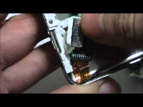 How To Replace The Headphone Jack And Hold Button On An iPod Classic 4th Generation