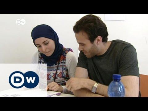 Refugee work permit in Germany | DW News