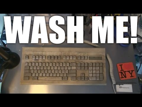 The dirtiest keyboard in the world cleanup - Dell AT101 with Salmon ALPS