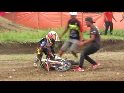 Anak Kecil Balap Motor Cross JATUH tapi Tetap BANGKIT (Motocross 2016 Championship) Tembakrejo Jogja