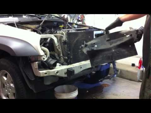 Jeep Liberty Diesel Timing Belt Replacement Part 2 - Radiator and Intercooler Removal