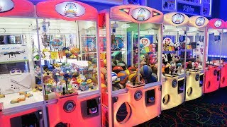 How many prizes will we win from the E Claw Machines?