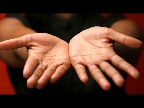 Left Hand Reading vs. Right Hand   Palm Reading