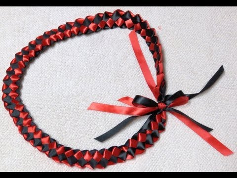 How to make a Ribbon Lei