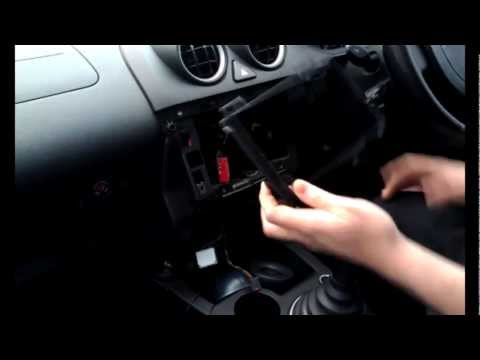 Radio Installation Ford Fiesta Triple Dash (2002-2008) | JustAudioTips