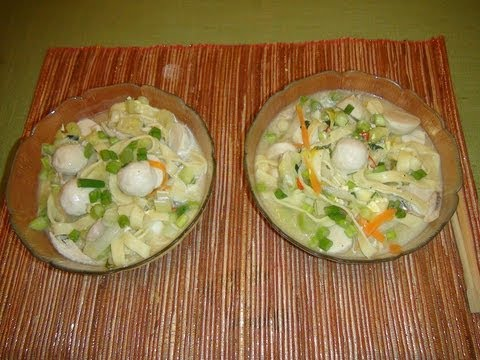 How to Make Pancit Lomi [Chicken Noodle Soup Filipino Style]