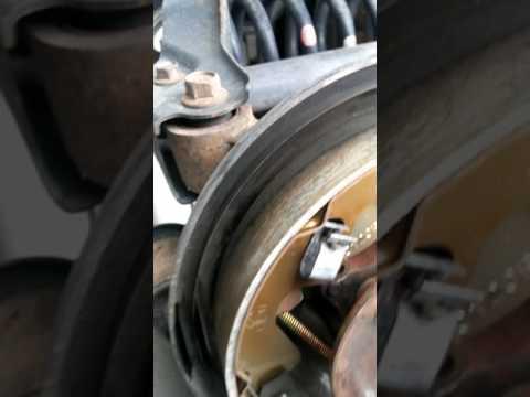 Rear drum brake squeak Suzuki grand vitara