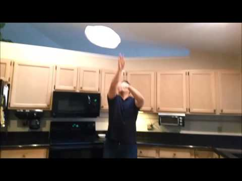 How to: Toss a Pizza Dough (Advanced)