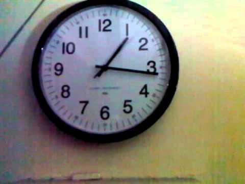 Clock adjusting to DST