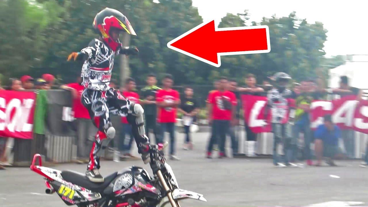 Anak Kecil Kelas 5 SD Atraksi Motor, Stunt Rider Cilik Indonesia - JOGJA BIKE FESTIVAL (Kid Stunter)