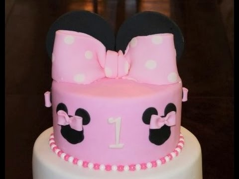 Cake decorating tutorial | How to make a Minnie Mouse bow with ears cake topper | Sugarella Sweets