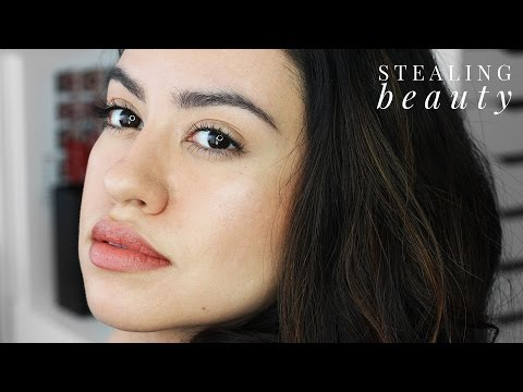 Quick Sun Kissed Skin with Bronzer