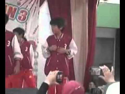 Iqbaal CJR - Dance Cover w/ teman SD