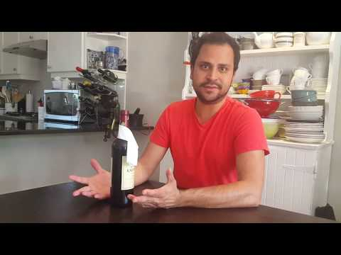Made by Mesh - How to dress a bottle of wine