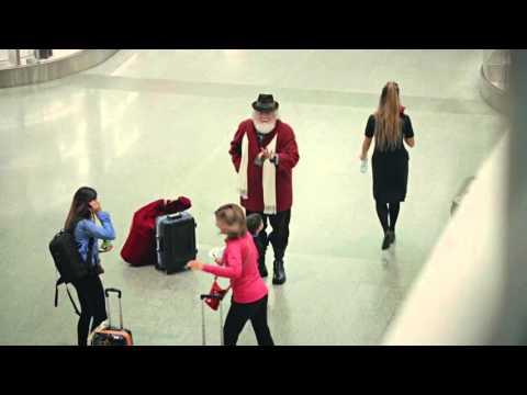 #SantaatPearson - Happier Holidays at Toronto Pearson