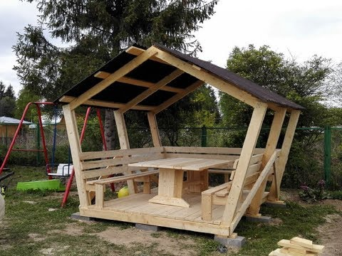 Garden gazebo with their hands DIY