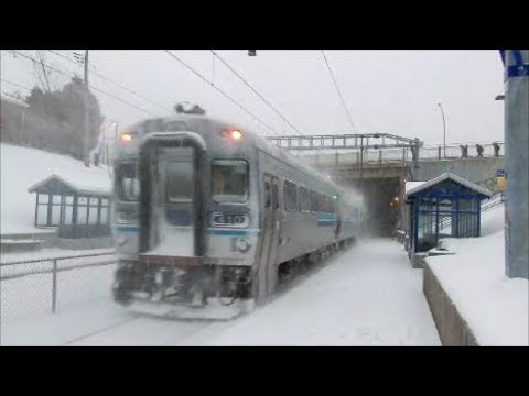 MONTREAL COMMUTER TRAIN IN HEAVY SNOW